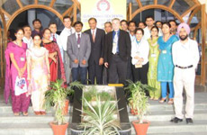 Dr. Arnold and the group from WIDE in Pune